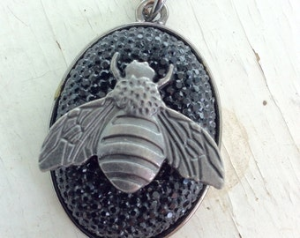 Honey Bee Necklace/Black/Hippie/Boho