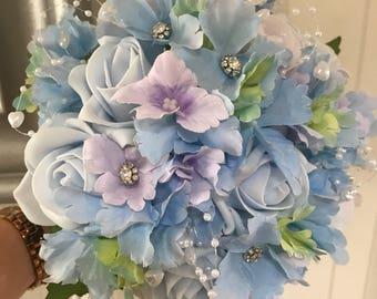 Gorgeous vintage wedding flowers. Brides, Bridesmaids, Flowergirls etc