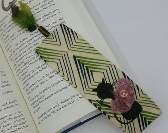 Black Cat Silhouette Green Indigenous Fabric Bookmark with Pink Bow and Button