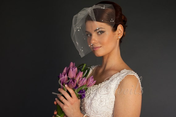Pearl Birdcage Veil for Wedding – Simple Ivory Tulle Birdcage Veil with Pearls and Comb