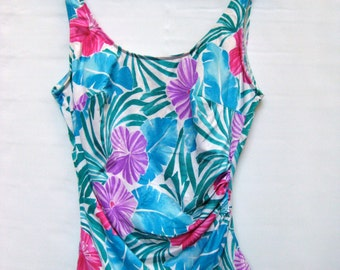 Hibiscus pastel one piece swimsuit size large