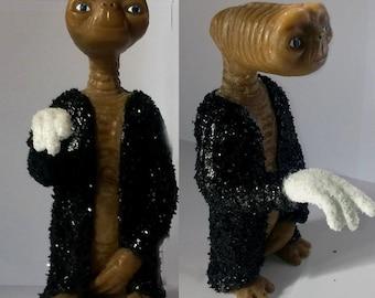 E.T. extraterrestrial Michael Jackson Figure Movie Steven Spielberg Billie Jean Doll Toys Merchandise art