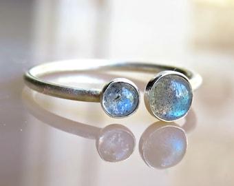 Labradorite Engagement Ring - Labradorite Stacking Ring - Gemstone Ring - 4mm Labradorite Ring