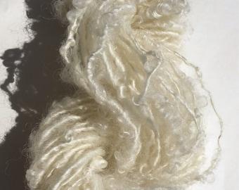 Teeswater lockspun art yarn / wolf yarn /fluffy white yarn / premium Teeswater yarn