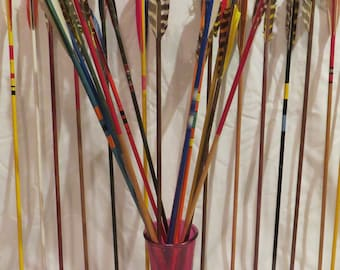 Vintage wood arrows set. Decorative vintage wooden arrows. Option to pick 7-12 archery colorful painted wood shafts with feather fletchings.