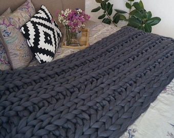 Chunky knit throw. Chunky knit blanket. Thick knit blanket. Merino wool blanket. Arm knit blanket. Super chunky blanket. Grey thick blanket