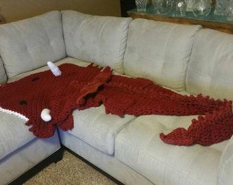 Crochet afghan de Dragon, jeter, snuggle sac cocoon, couverture, tailles nouveau-né à l'adulte pour homme. MJS de rabais sur le modèle de modèles de crochet