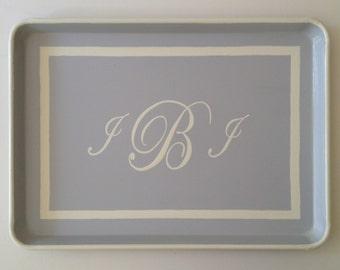 L white monogram & border gray tray