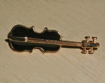 Highly Detailed Vintage Black Enamel Goldtone Violin Brooch Pin