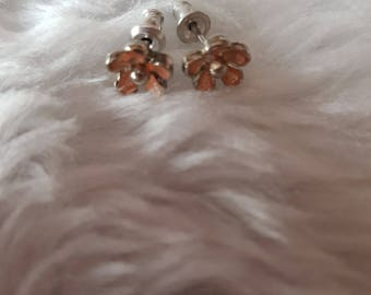 Handmade, Dainty Pink Flower Stud Earrings.