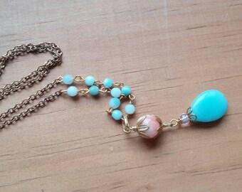 Lange Halskette. Lange Goldkette. Layering-Kette. Blaue Stein Halskette. Rosa Stein Halskette. Y-Kette.