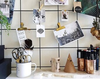 Black Wire Wall Grid + SHELF, FREE CLIPS, Wire Mesh Memo Board, Notice Metal Grid, Noticeboard, Moodboard 49 cm. x 84 cm.