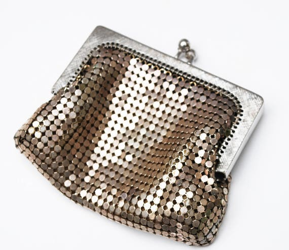 Silver Mesh Change Purse Whiting and  Davis signed   small silver  metal clutch  coin pouch