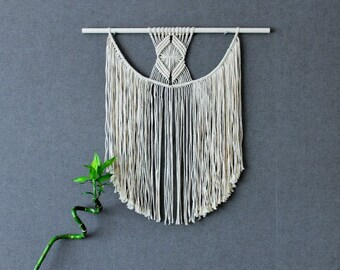 Macrame wall hanging - Giant - Bohemian macrame wall hanging - Wall Tapestry - Boho Macrame home decor - Ivory - White, Easter gift