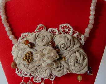Beige fabric vintage style necklace