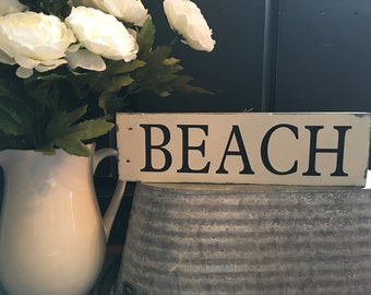 Beach Pallet Sign