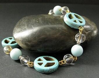 Turquoise Bracelet. Peace Bracelet. Beaded Bracelet in Howlite and Glass. Handmade Bracelet.