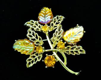 Vintage Gold Leaf Brooch, Rhinestone Leaf Brooch, Costume Jewelry, Antique Brooches, Vintage Brooches, Leaf Pin, Autumn Pins, Fall Brooches