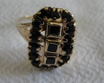 Vintage sapphire and 10k yellow gold statement ring size 8 3/4
