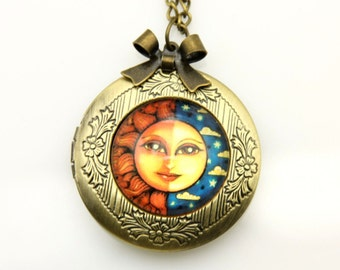 Necklace locket the sun and the moon 2020M