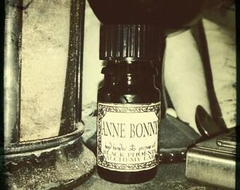 Anne Bonny: Black Phoenix Alchemy Lab Perfume Oil 5ml