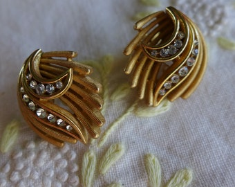 Vintage Trifari Clip On earrings Brushed Gold and Rhinestones Elegant Fashion Jewelry Trifari Signed Vintage Jewelry
