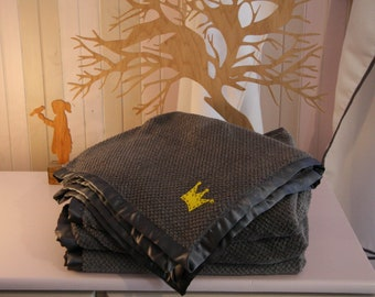 Baby Blankets with Crown Detail