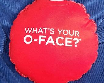 Was ist Ihre O-Face?-Upcycling-Safe-Sex-Kissen, w / Kondom & Lube Taschen, OOAK, rot, weiß, Wodka, Büroflächen