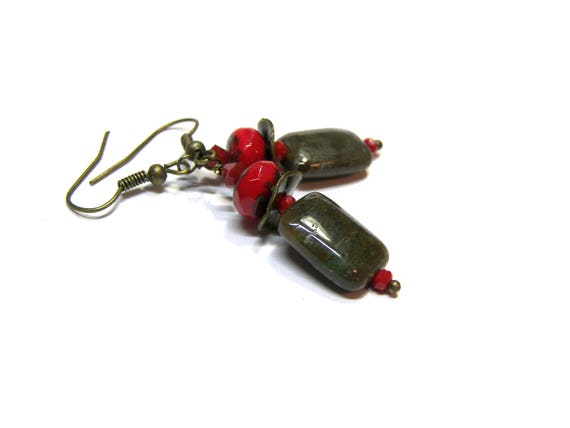 African Onyx Earrings Red Earrings Picasso Red Czech Earrings short dangle earrings, for her, for you, onyx