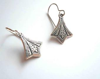 Small silver earrings Victorian earrings Art deco earrings Antiqued silver Sterling earrings Small earrings Little dangles Sterling silver