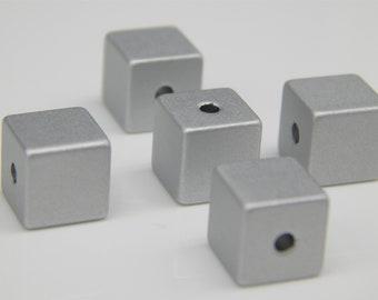 10 Aluminium cubes 8 mm Alu silver anodized cube beads