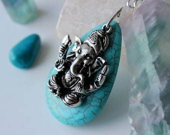 Ganesh Pendant Necklace, Turquoise Necklace, Healing Crystals and Stones, Turquoise Stone Necklace, Ganesha Necklace, Gemstone Necklace