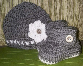 Baby booties, hat and booties, hat and boot set, bootie set, baby hat, baby boy, baby girl