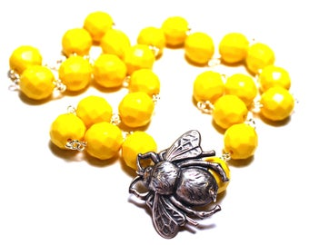 Yellow Statement Necklace, Insect Jewelry, Bee Necklace, Bright Yellow Necklace, Insect Necklace, Bug Necklace, Bee Jewelry, Bug Jewelry
