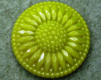 Czech Glass Button 32mm - handpressed -  lime green (B32253)