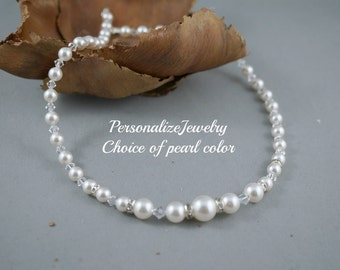 Bridal pearl necklace Bridal party gift Attendee crystal necklace Wedding pearl necklace Bridesmaid jewelry Swarovski pearls Ivory champagne