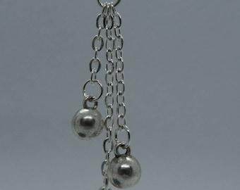 Silver Earrings in Chain optics