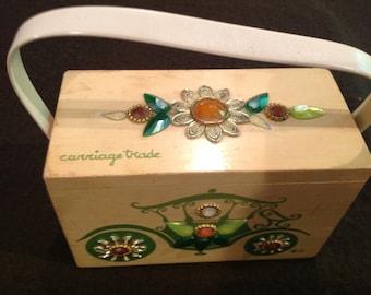 "Vintage Enid Collins wooden box bag ""carriage trade"""