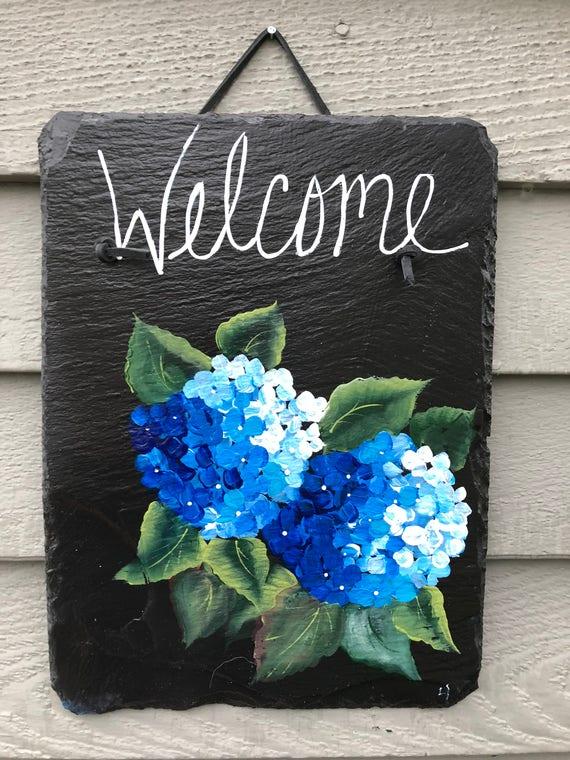 Blue Hydrangea Welcome sign, Summer door decor, Spring Door decoration, painted slate, Front Door decoration, door sign, Beach house decor
