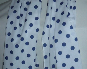 Large white scarf cotton blend printed with blue dots