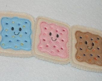 Felt play food - pretend food - play kitchen food -  Smiley pop tarts - set of 3 #PF2535Tarts