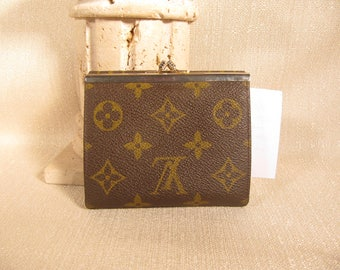 Vintage Louis Vuitton 1970'S Two Section wallet with two snap closures