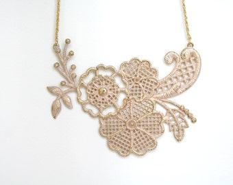 Vintage/Antique Flower Pattern Metal Lace Necklace Statement Necklace Bib Necklace Doily Necklae