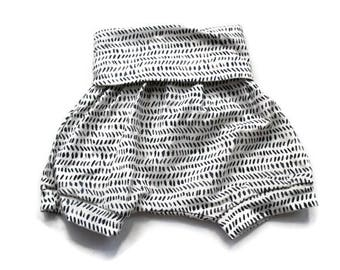 Grey Lines Bloomer Harem Shorts - Baby Shorts - Baby Bloomers - Baby Clothing