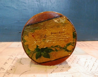 Antique Treen Satinwood Turned Box  with  paper verse of 'Auld Lang Syne' to the lid