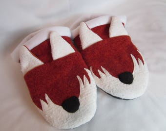 Fox Slippers - Ladies Medium
