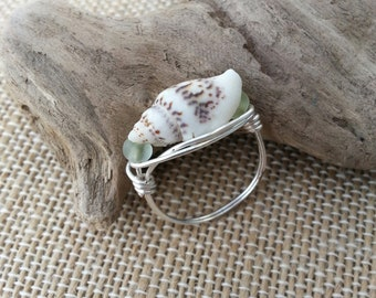 Beach ring, shell ring, glass beads, wire wrap, handmade