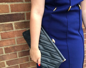 Blue clutch in soft padded leather