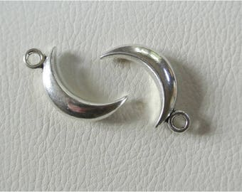 Set of 2 charms in the shape of Crescent Moon, antique silver color, 31 x 14 mm