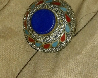 Vintage silver ring with lapiz turquoise and carnelian accents